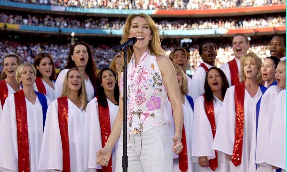 "Celine sang ""God Bless America"" during the 2003 Super Bowl XXXVII Pregame Show at Qualcomm Stadium in San Diego. (Photo: © Getty)"