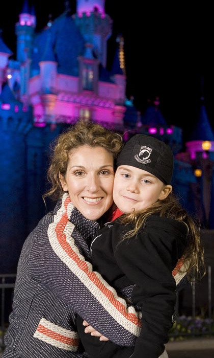 The chanteuse took a well-deserved break from her Las Vegas residency to spend some time with her family during a vacation in Disneyland in 2007. (Photo: © Getty)