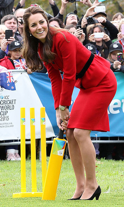 She even played a round of cricket in heels! Photo: © Getty.