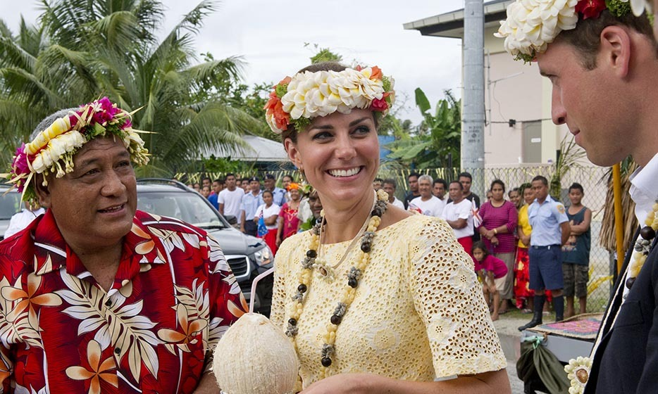 For a visit to the Polynesian Island Tuvalu in 2012, Prince William and Kate sported matching traditional floral head wreaths.