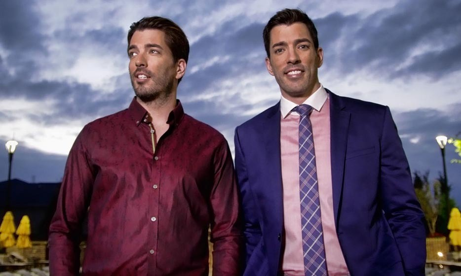 JONATHAN & DREW SCOTT, 36: The handsome twins and 'Property Brothers' co-stars grew up in Vancouver and have been prepping houses since they were 18.