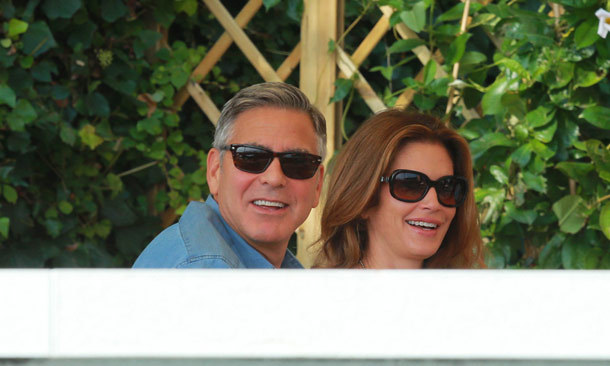 In the lead up to ceremony George Clooney was spotted having dinner with Cindy Crawford.