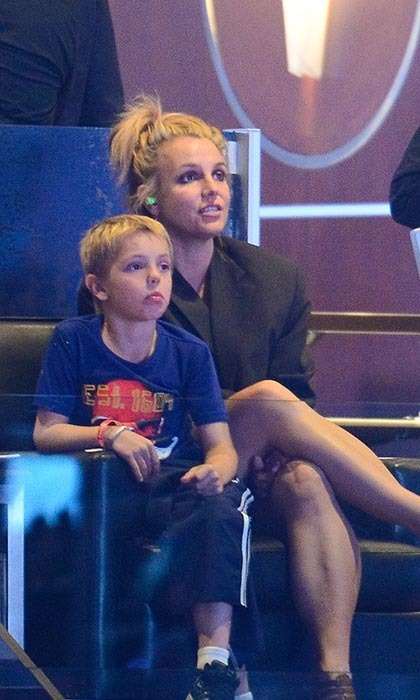 In 2014, Britney Spears took in the New York Rangers versus Los Angeles Kings game with her son, Jayden James Federline. Another bit of hockey trivia: in 2012, Britney bought a Thousand Oaks property from ex-hockey-pro Russ Courtnall. (Image: Noel Vasquez/Getty Images)