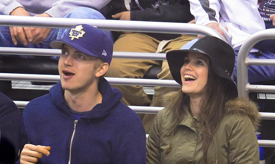 March 13, 2014 was date night for Rachel Bilson and Hayden Christensen, who took in a Toronto Maple Leafs games as they faced off against the Los Angeles Kings. Toronto won 3-2 that night, which meant smiles all around for the happy couple. (Image: Noel Vasquez/Getty Images)