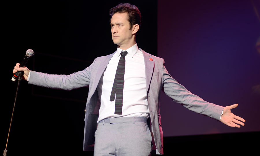 'Sin City: A Dame to Kill For' star Joseph Gordon-Levitt wowed guests with a tremendous vocal performance at Hilarity for Charity in Los Angeles. (Image: Getty)