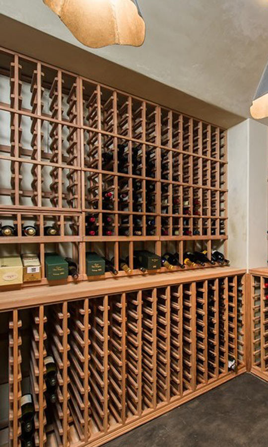 This wine cellar houses a never-ending bounty of 800 bottles. (Image: Zillow)