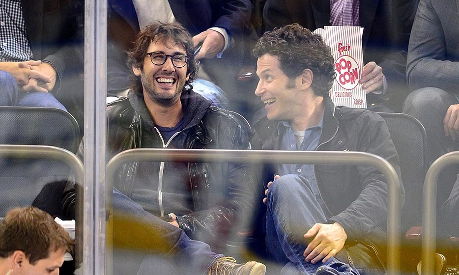 Josh Groban and a pal took in an NY-centric hockey game at Madison Square Gardens on October 14th, where the Islanders beat the Rangers. (Image: James Devaney/GC Images/Getty Image)