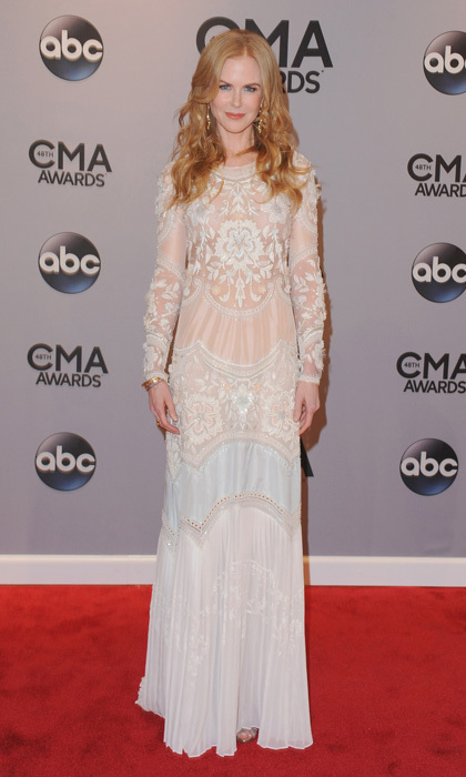 Whimsical yet still stylish, Nicole Kidman's look was a unique one on the CMAs red carpet. We love that she kept her locks down and slightly curled. (Photo: Getty Images)