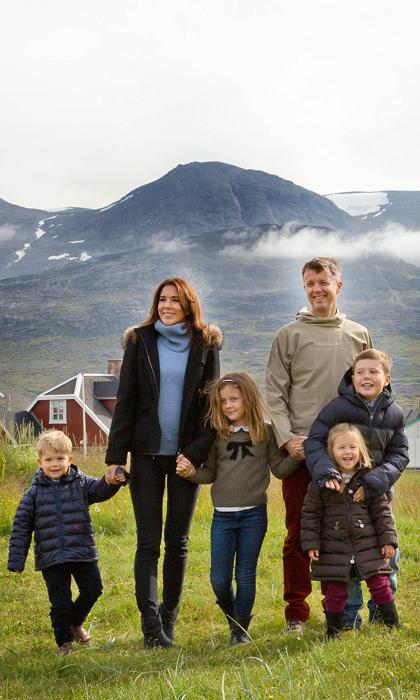 The whole gang's here! The Crown Prince of Denmark and his adorable family visited Greenland  for a week in August in connection with the summer cruise on the Royal Yacht. (Photo: © Rpe/Albert Nieboer/DPA/ZUMA Wire)