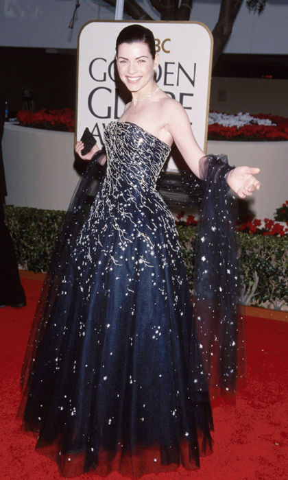 In 2000, Julianna Margulies was the belle of the ball in a full-skirted Oscar de la Renta gown with tulle overlay paired with a matching shawl. (Photo by KMazur/WireImage)