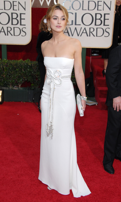 Keira Knightley was positively angelic at the 2006 Golden Globes in strapless white Valentino. (Photo by Kevin Mazur/WireImage)