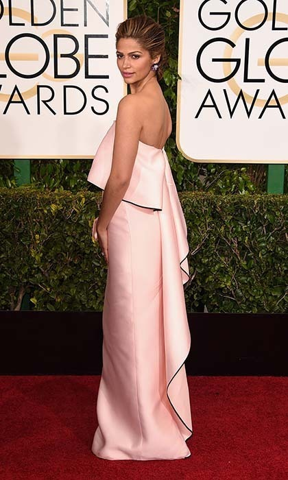 Camila Alves was pretty in pink Monique Lhuillier.