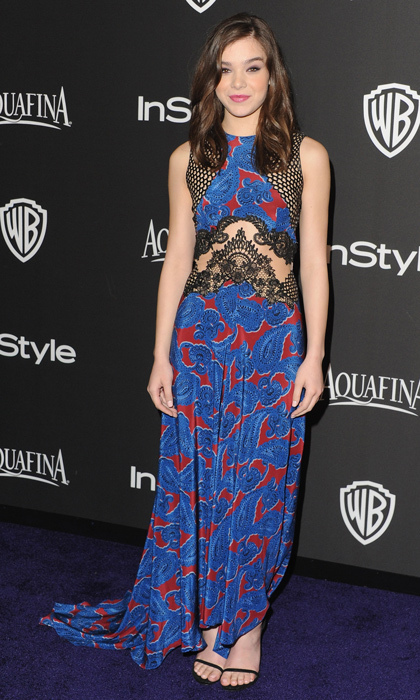 Hailee Steinfeld wowed at InStyle's Golden Globes after party in a crocheted creation by Stella McCartney with side cutouts and a bold paisley print.
