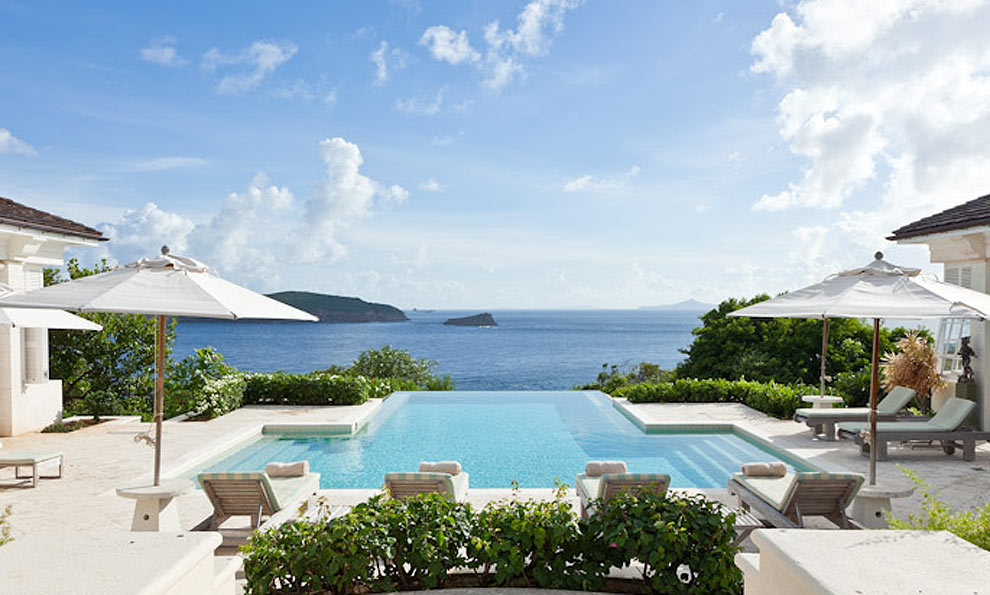 Mustique was originally made famous by William's great-aunt, the late Princess Margaret who was given Les Jolies Eaux – an exquisite neo-Georgian bungalow – as a wedding present by Lord Glenconner – the man who originally bought and developed the island. Towards the end of her life, however, her son Viscount Linley sold the villa and it has since turned into one of the Caribbean's most luxurious holiday cottages