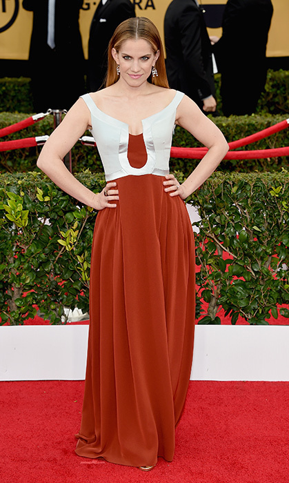 Anna Chlumsky in Escada.  Photo: © Getty Images