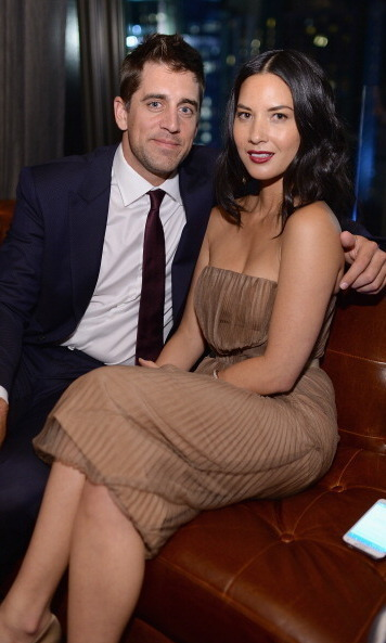 "Green Bay Packers cutie Aaron Rodgers has snagged himself a total catch in gorgeous girlfriend Olivia Munn, who recently starred as brilliant cable news anchor Sloan Sabbith on HBO's ""Newsroom.""