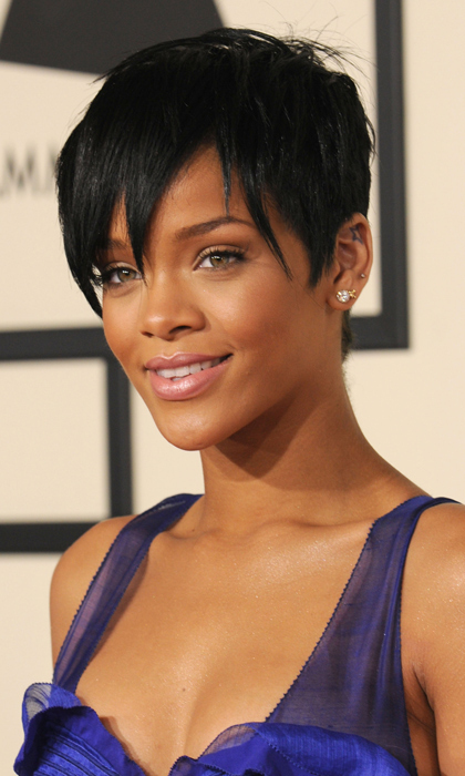 The 50th Annual Grammy Awards in 2008 was the perfect place for Rihanna to debut a shorter 'do with her signature minimalist makeup. 
