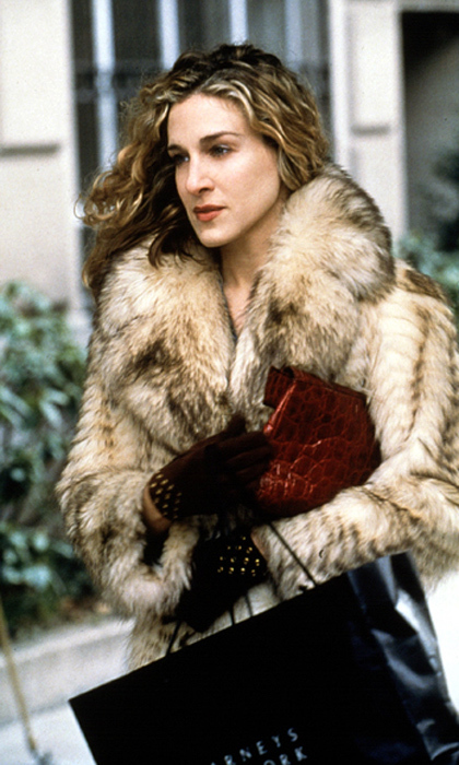 Carrie's fur coat was one of the few articles of clothing we saw the style-savvy writer wear on multiple occasions.