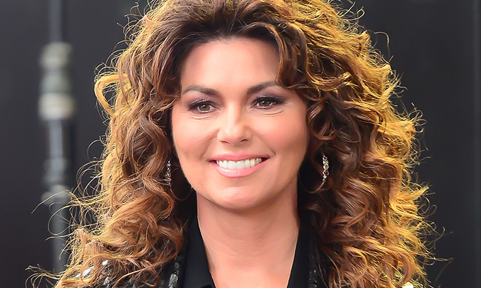 Exclusive Shania Twain On Turning 50 And Going Makeup Free