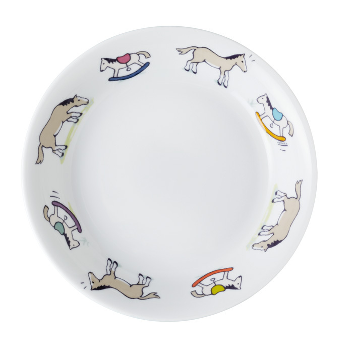 BECAUSE IT'S NEVER TOO EARLY TO PRACTISE GOOD TABLE MANNERS