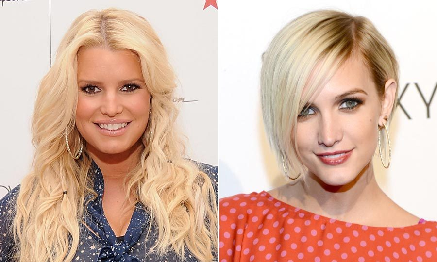 Singer Ashlee Simpson recently helped sister Jessica by modeling her new Jessica Simpson clothing line collection. Photo: © Getty Images