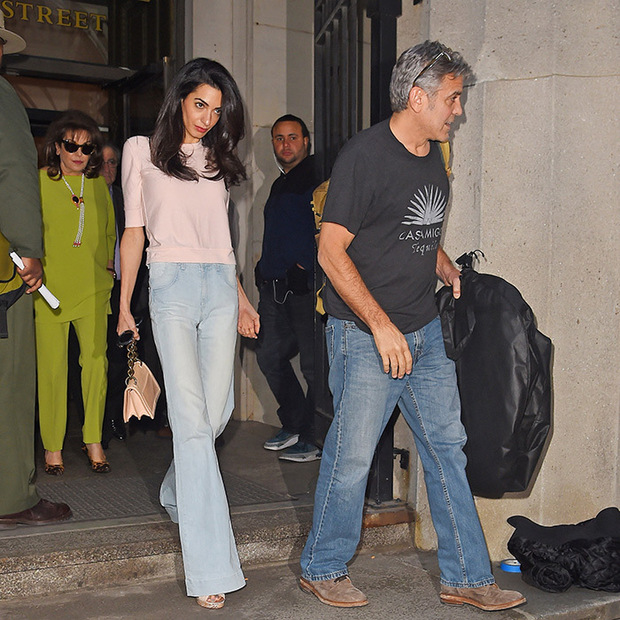 Mom Baria and sister Tala Alamuddin pay a stylish visit to ...