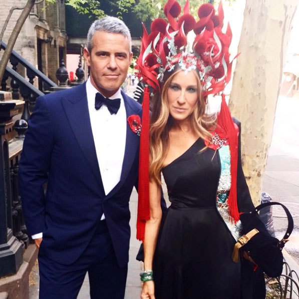 "Sarah Jessica Parker: ""@bravoandy/Met Gala = standing date. Dress designed by me in collaboration with @hm. Headpiece by @philiptreacy. Custom @sjpcollection shoes. Jewelry by #fredleighton, @jfisherjewelry and @cindychao_artjewel. Bag by @fendi. @bravoandy in @ralphlauren. X, Sj #ChinaThroughTheLookingGlass""
