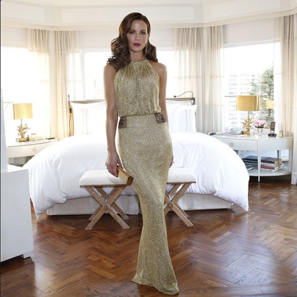 """Kate Beckinsale draped in a gold DVF gown #MetGala""