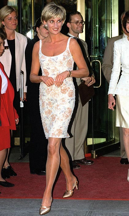 "Diana chose a champagne-coloured dress designed by <strong><a href=""/tags/0/catherine-walker"">Catherine Walker</a></strong> paired with gold <strong><a href=""/tags/0/jimmy-choo"">Jimmy Choo</a></strong> heels for a summer party in New York. 