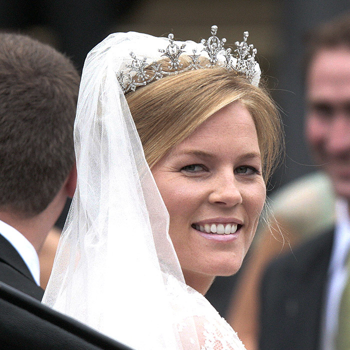Canadian Bride Autumn Phillips Married The Queen S Eldest Grandson Peter On May 17