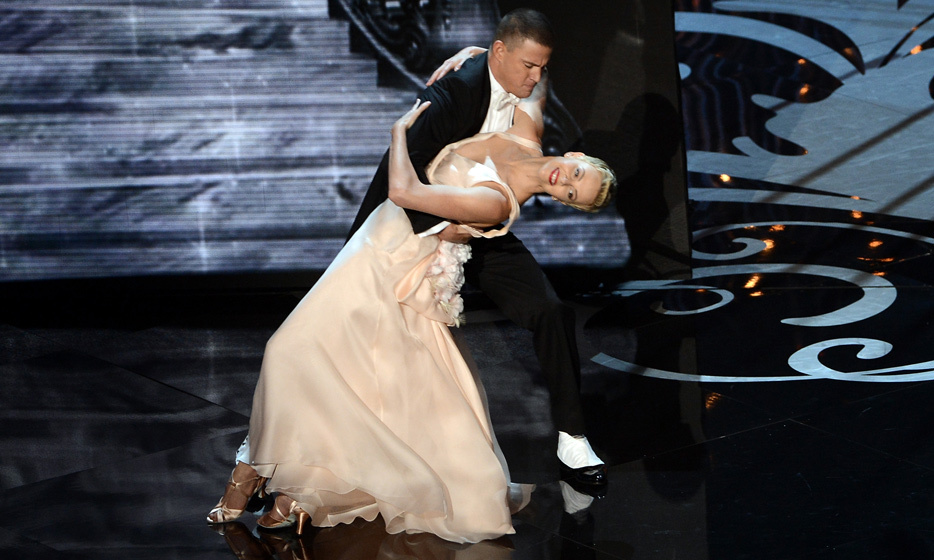The typically low-profile Oscar-winning actress has no trouble demonstrating her playful side in a dance performance with Channing Tatum at the 2013 Oscars.  Notice her cropped coif.  Photo: © Getty Images