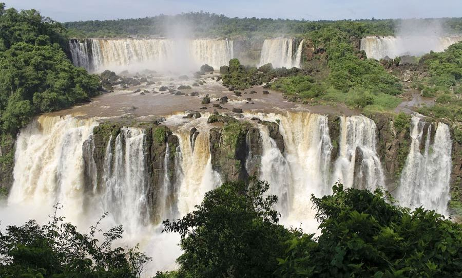 8. IGUAZU FALLS, BRAZIL-ARGENTINA