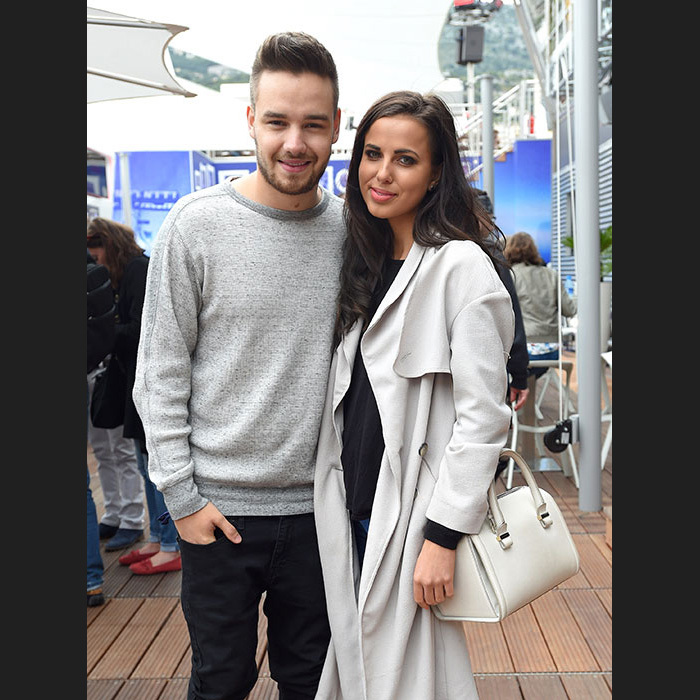 Spend time with girlfriend Sophia Smith