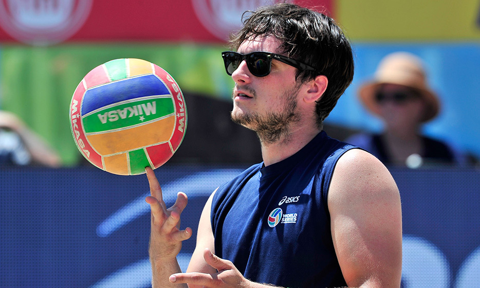 'Hunger Games' actor Josh Hutcherson serves up some fun at the ASICS World Series of Volleyball in Long Beach, California. 