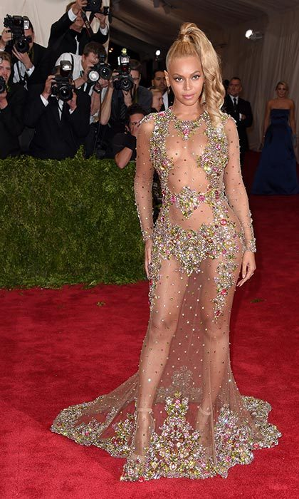 Flaunting her incredible figure in a Givenchy dress at the 2015 Met Gala.