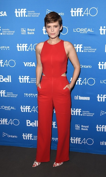 'The Martian' star Kate Mara attended the film's press conference in a cool and comfortable jumpsuit by A.L.C. and Brian Atwood heels.