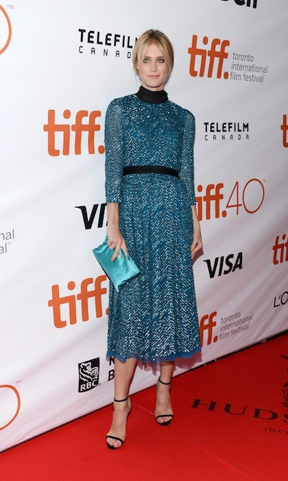 "Canadian actress Mackenzie Davis dazzled in blue on the red carpet of ""The Martian.""