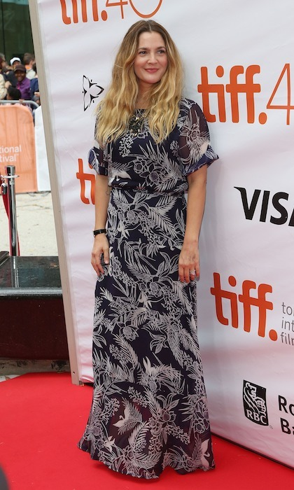 California girl, and 'Miss You Already' star, Drew Barrymore is the definition of laid-back chic in a maxi dress featuring a tropical motif. 