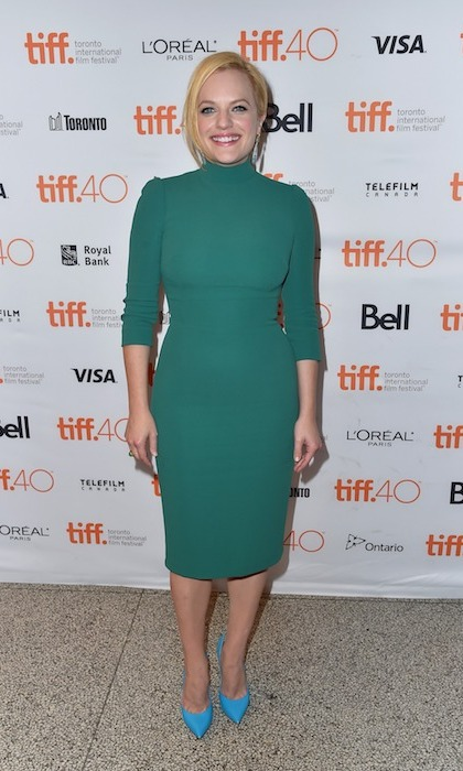 'Mad Men's Elisabeth Moss played with colours at the premiere of 'Truth.'