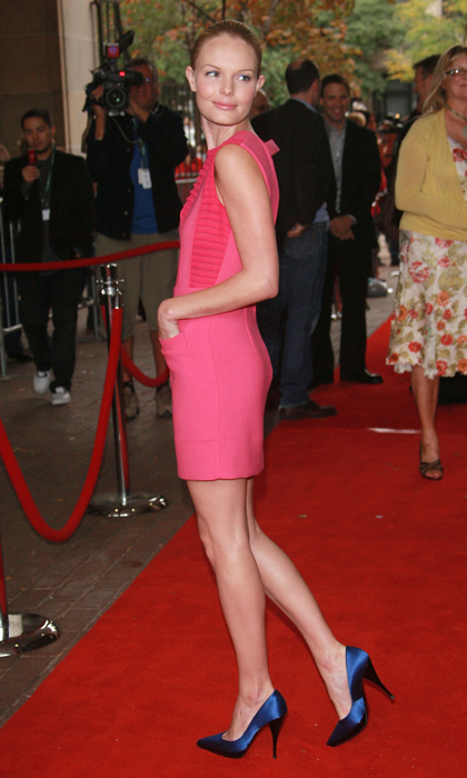 Giving a lesson in primary colours - and how well they mix and match - Kate Bosworth posed on the red carpet in 2007 as she debuted 'The Girl In The Park.'
