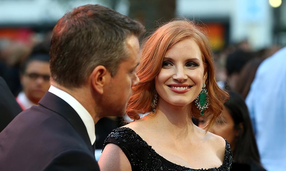 "Down-to-earth stars Matt Damon and Jessica Chastain dazzle at the premiere of ""The Martian"" in London's Leicester Square. 
