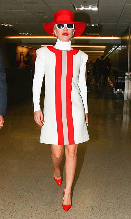 Lady Gaga put a new spin on mod in this '60s-inspired Jonathan Saunders frock and matching red accessories.