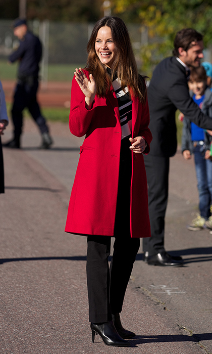 Sofia borrowed Princess Victoria's red coat during a visit to her hometown.