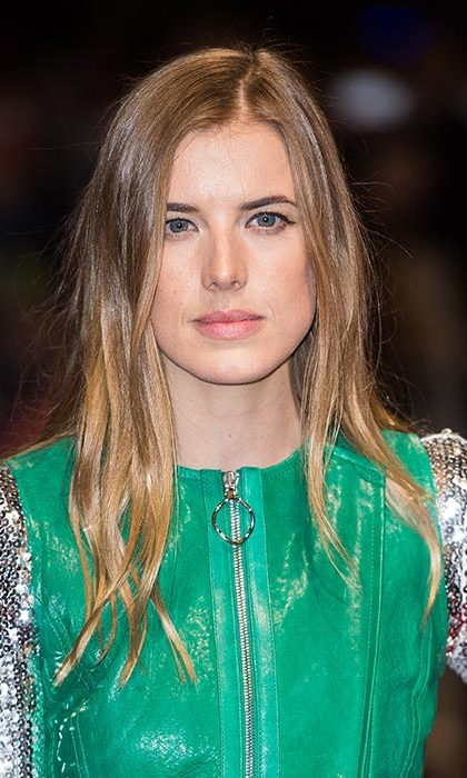 Agyness Deyn was virtually unrecognisable as she rocked long, tousled tresses for the Sunset Song premiere.