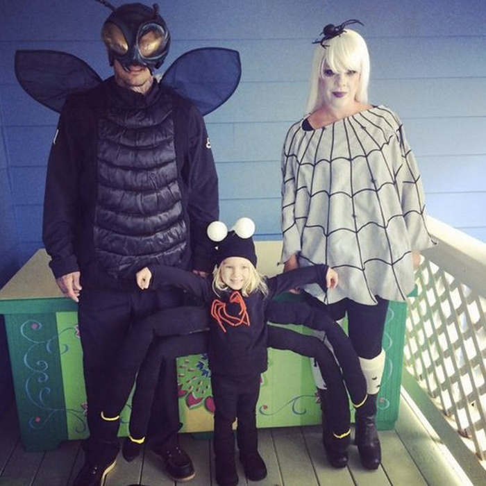 A bug's life! Pink, husband Carey Hart and daughter Willow make the cutest creepy crawlers last Halloween.