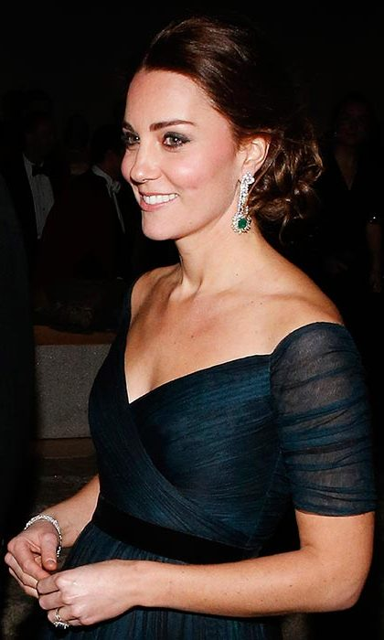 Kate looked every inch a beauty icon as she arrived for the St Andrews 600th anniversary dinner in New York, with her tresses left in glamorous curls loosely pinned into a bun.