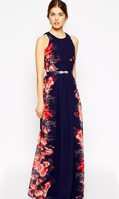 Love the colours of Kate's dress but want a less formal look? Opt for a maxi with panels of floral fun and cinch your waist with an embellished belt for a dash of sparkle. 