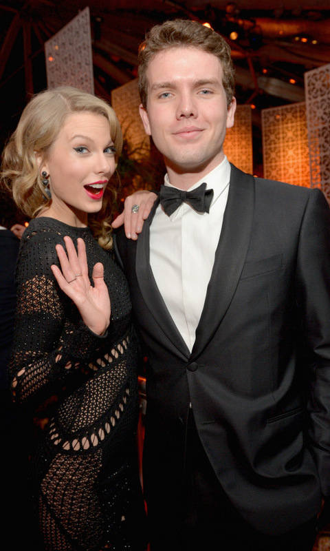 <h2>Taylor Swift and Austin Swift</h2>