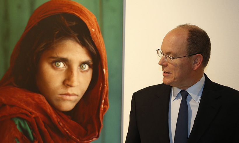 Prince Albert of Monaco viewed American photographer Steve McCurry's exhibit in Monaco. 