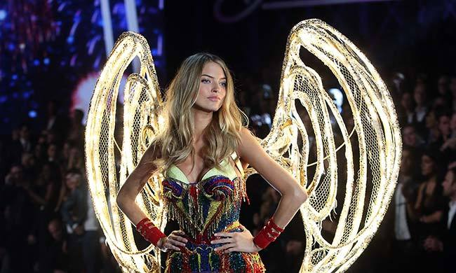 Martha Hunt wore one of the evening's pairs of LED wings, a new innovation on the storied runway.
